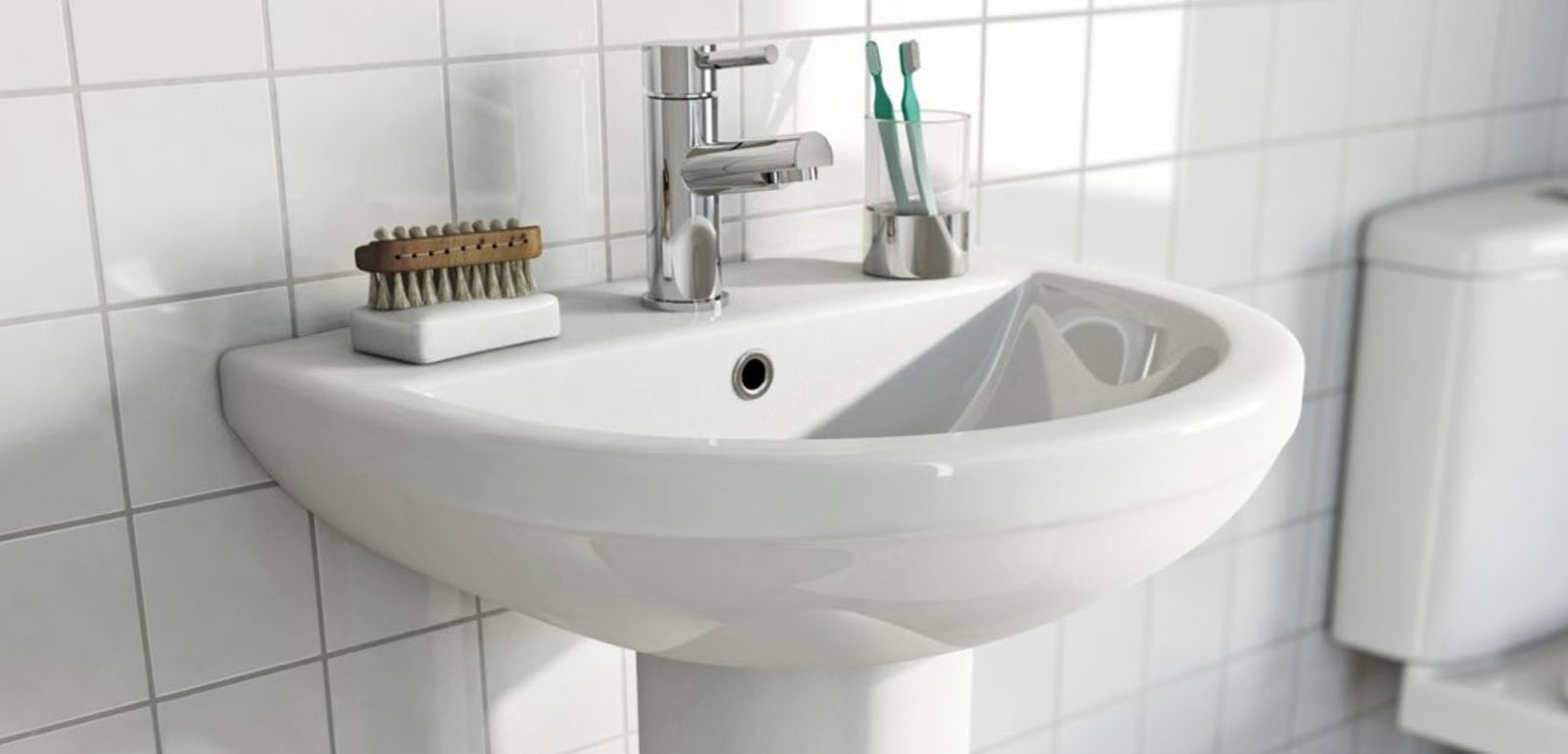 How to fit a pedestal basin
