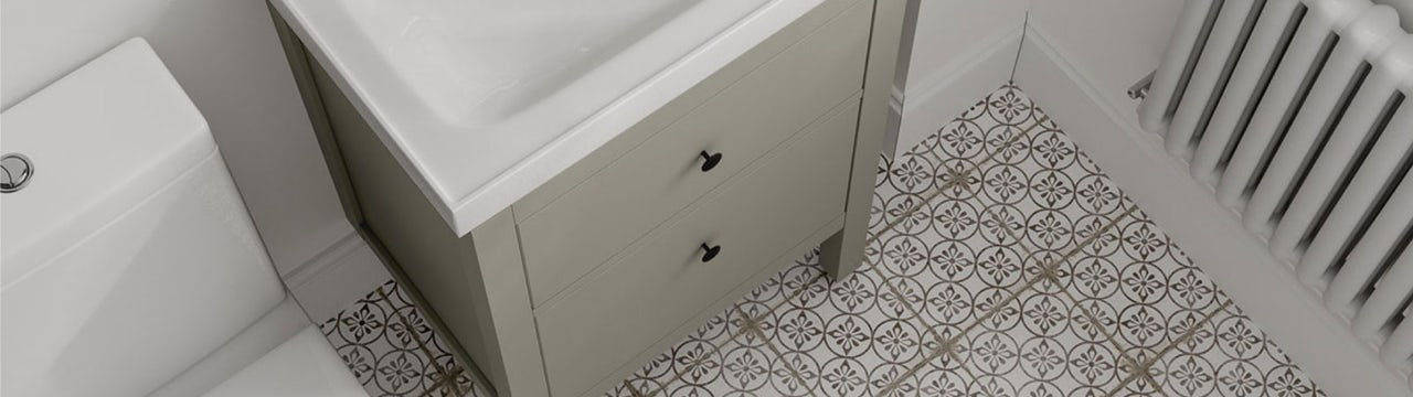 Small Spaces: Small bathroom tile ideas