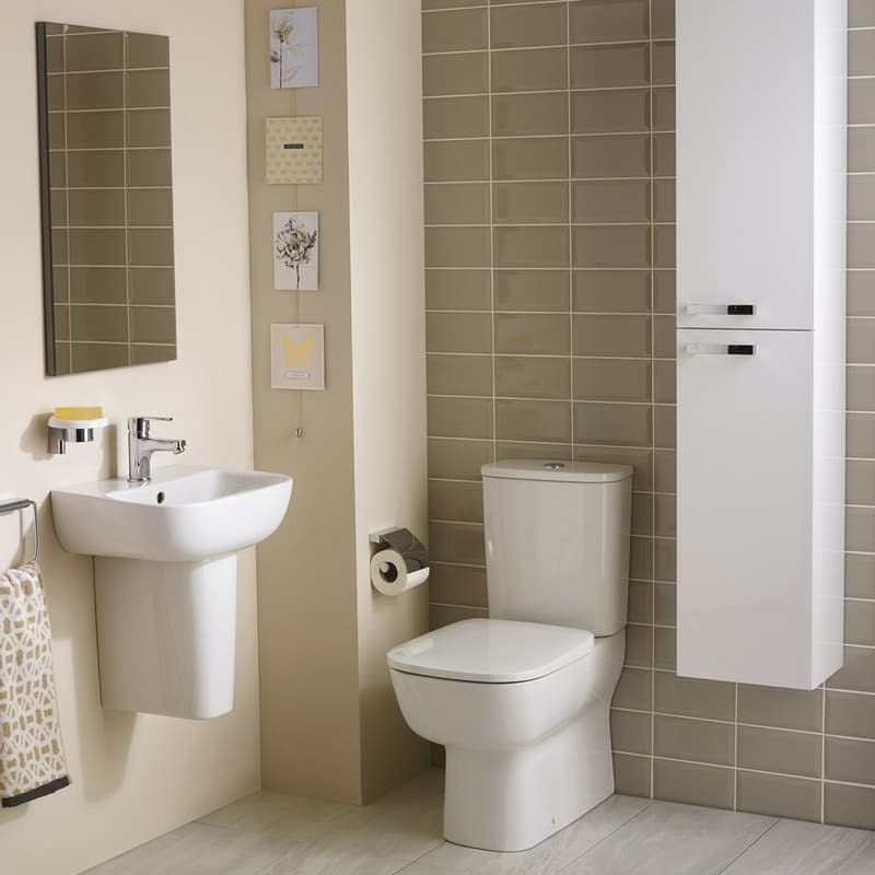 Ideal Standard Studio Echo cloakroom suite with close coupled toilet and semi pedestal basin 450mm
