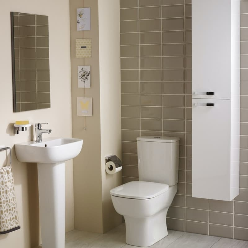 Ideal Standard Studio Echo cloakroom suite with open close coupled toilet and full pedestal basin 450mm