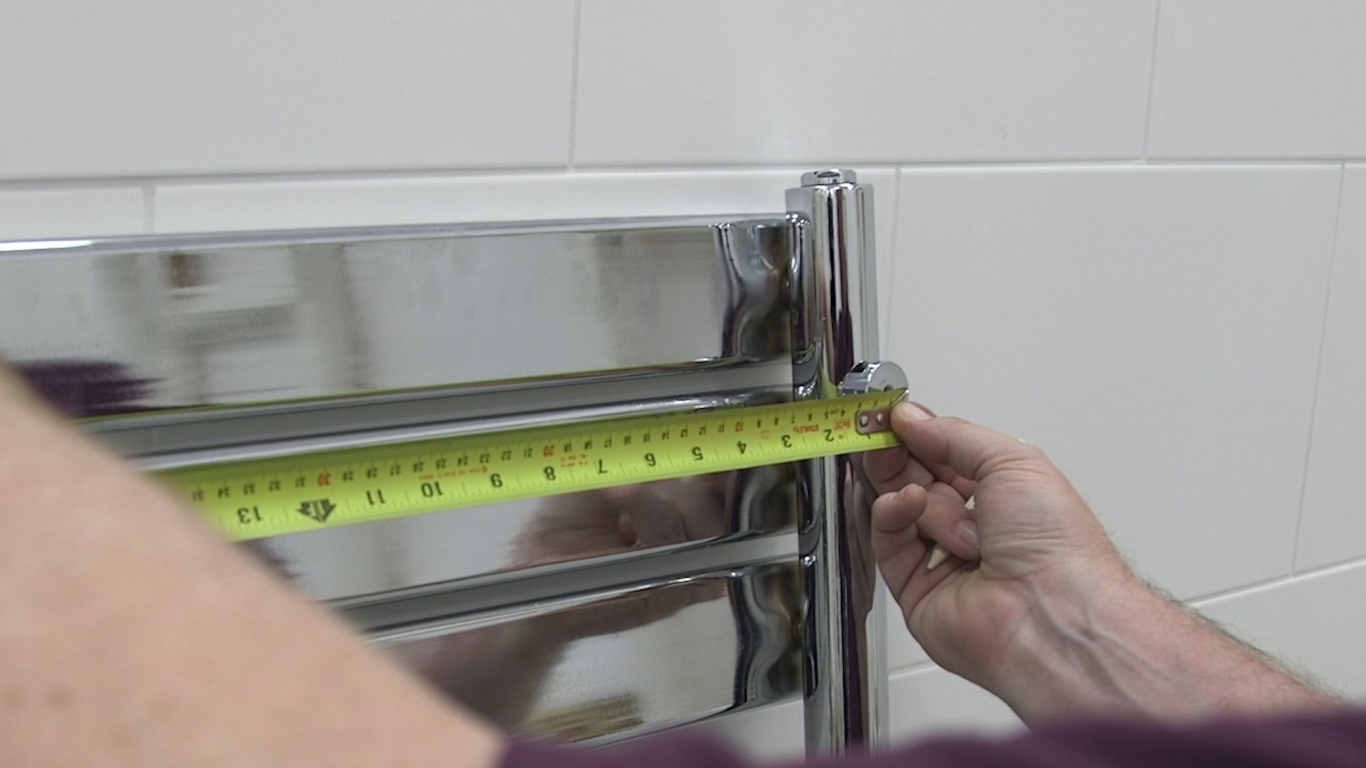 Measuring the distance between the bolt holes