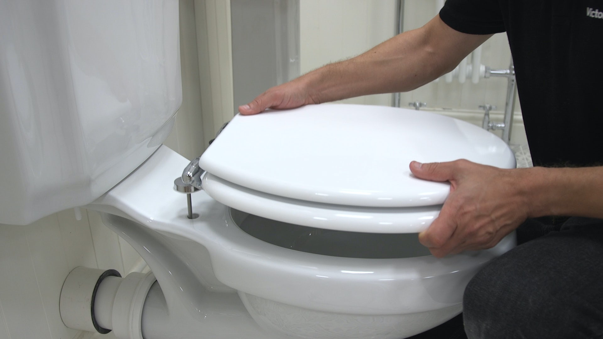 How To Fit A Toilet Seat Victoriaplum