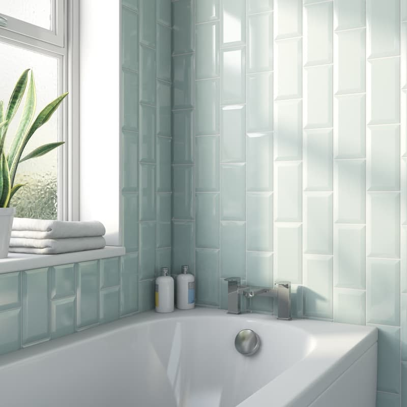 Metro subway aqua bevelled gloss wall tile 100mm x 200mm