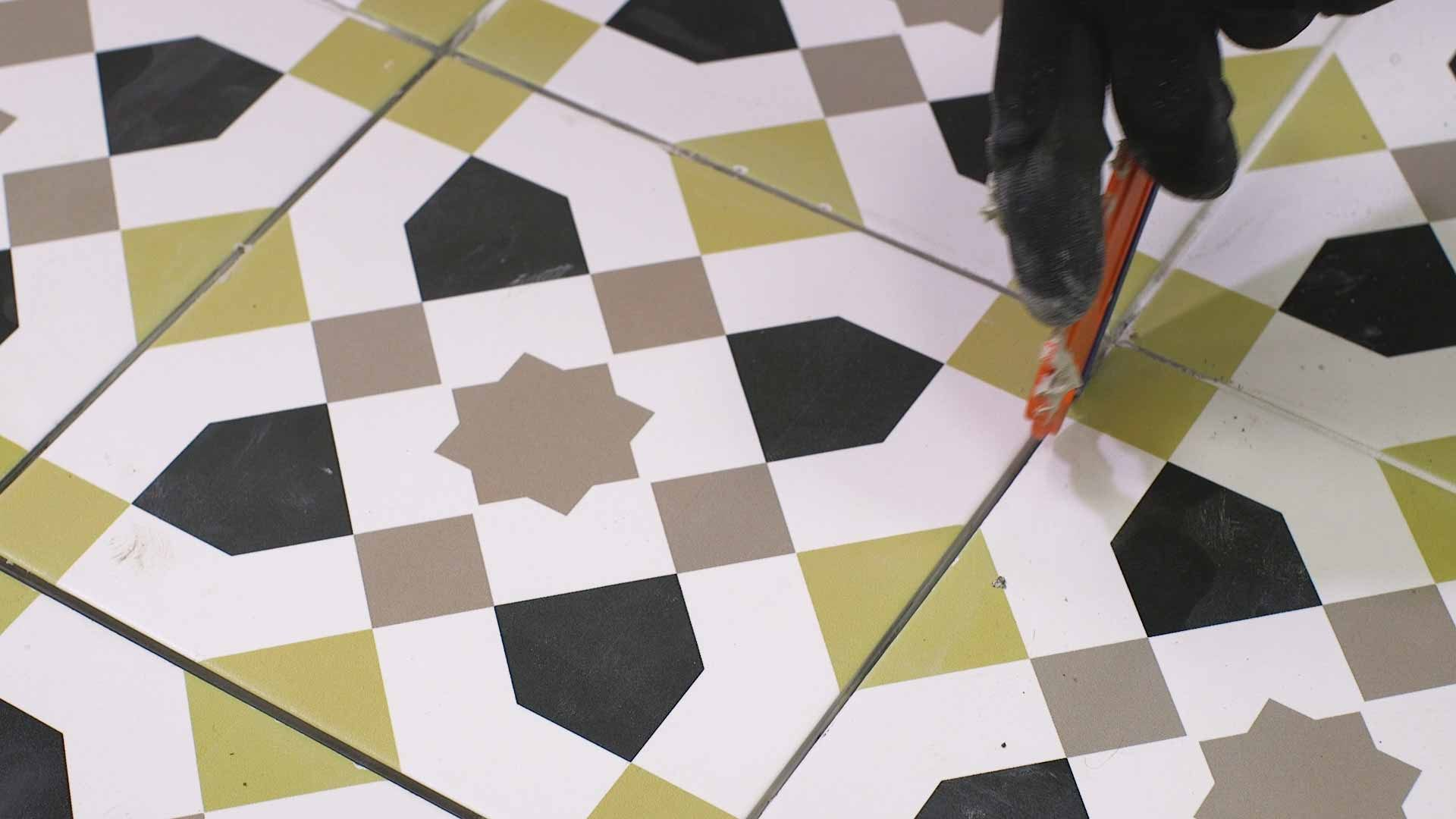 How to replace a damaged tile 8