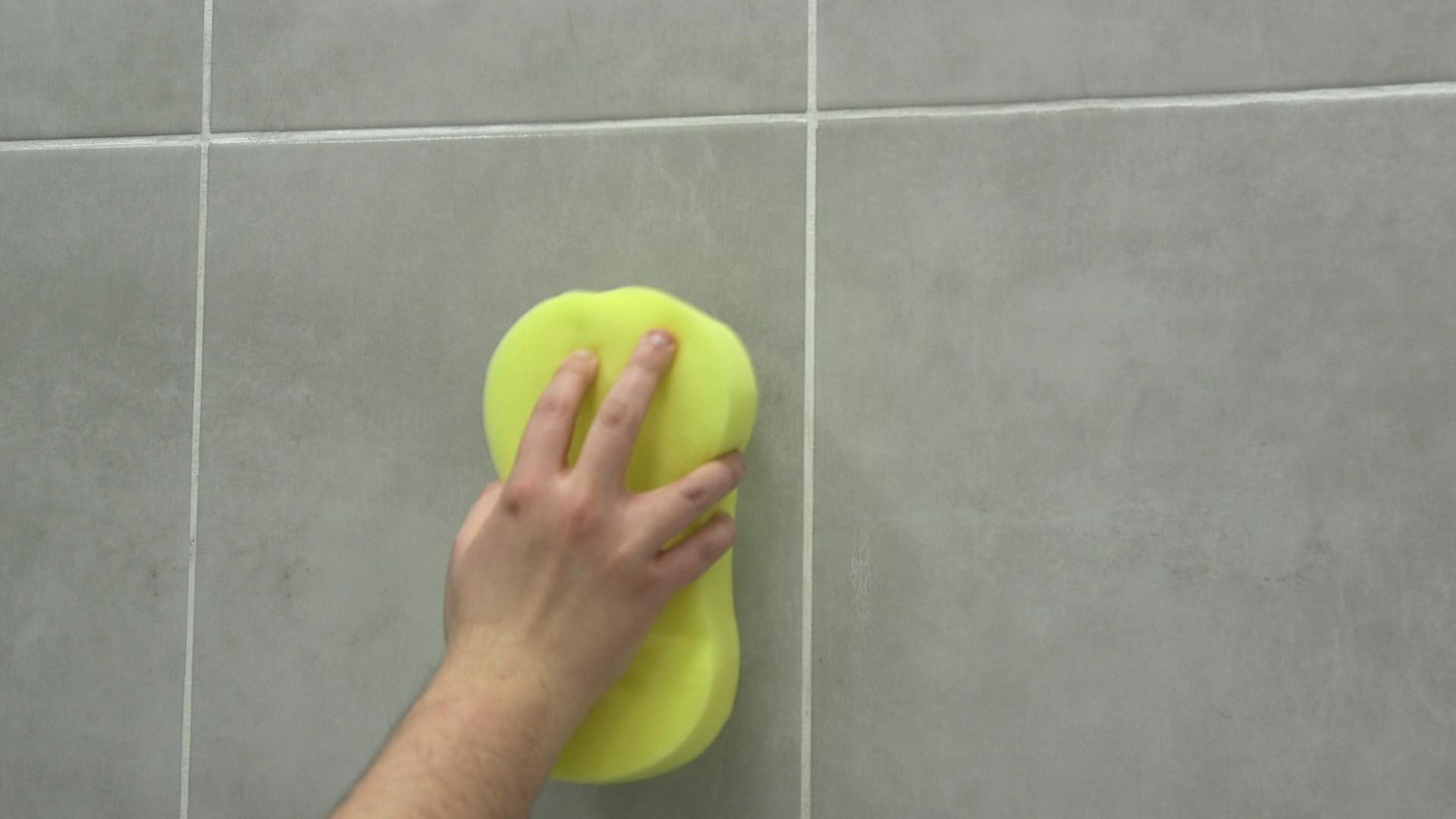 Sponging tiles