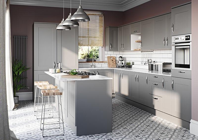 Schön New England kitchen cabinet range