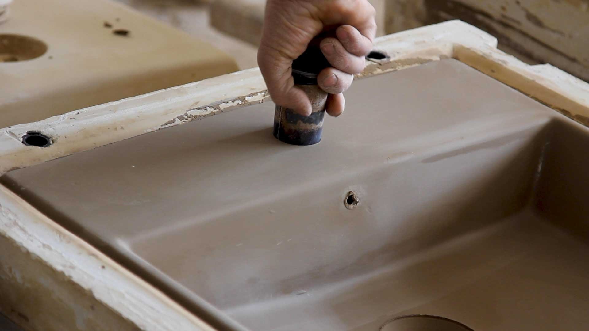 Moulding the basin