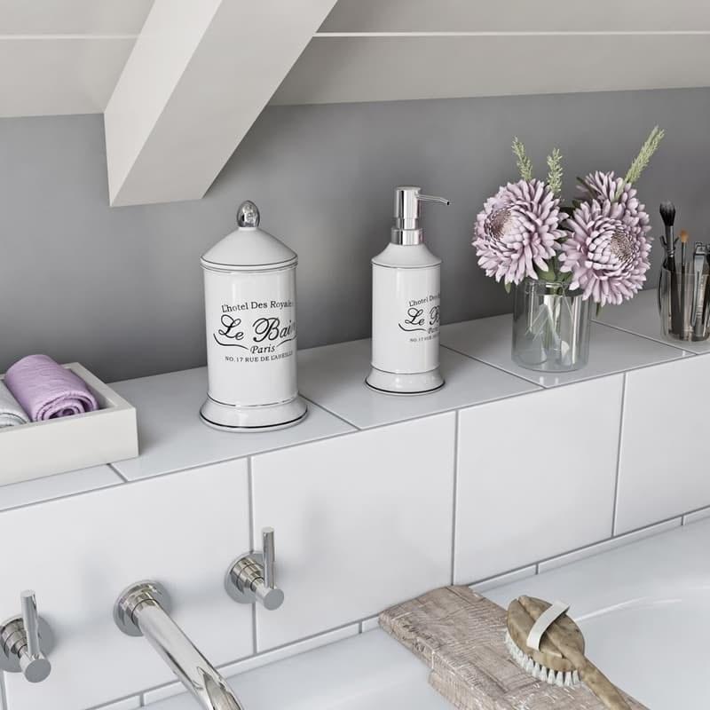Le bain storage jar