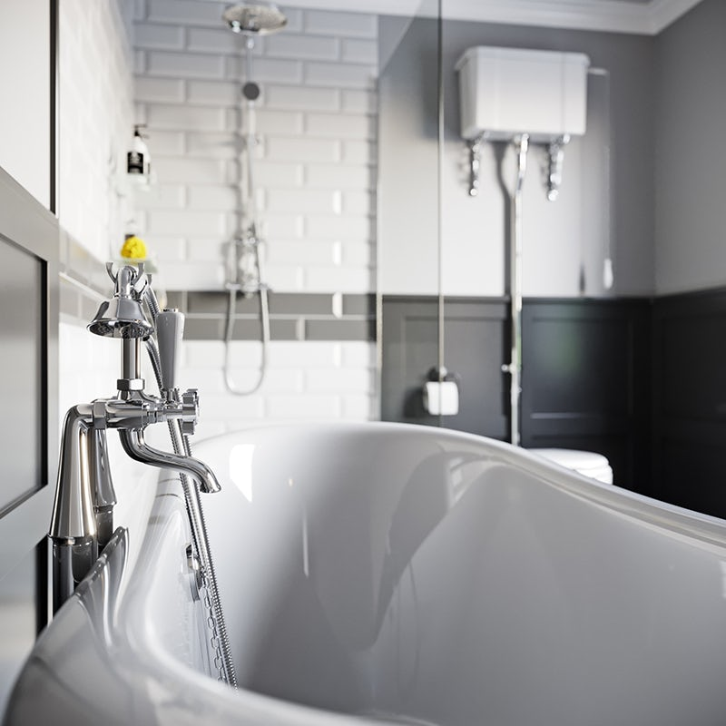 Traditional baths for Victorian bathrooms