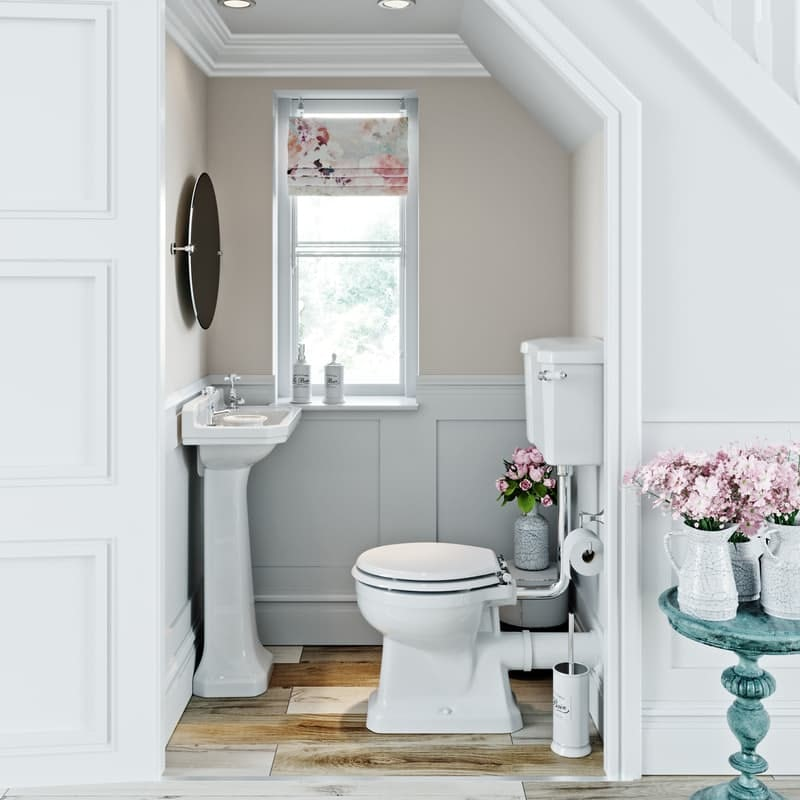 Traditional style cloakroom