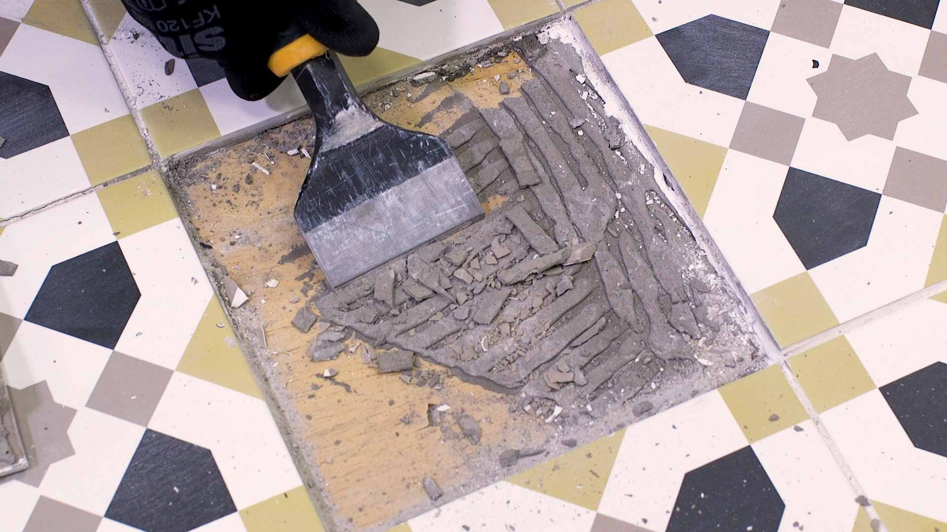 How to replace a damaged tile 4