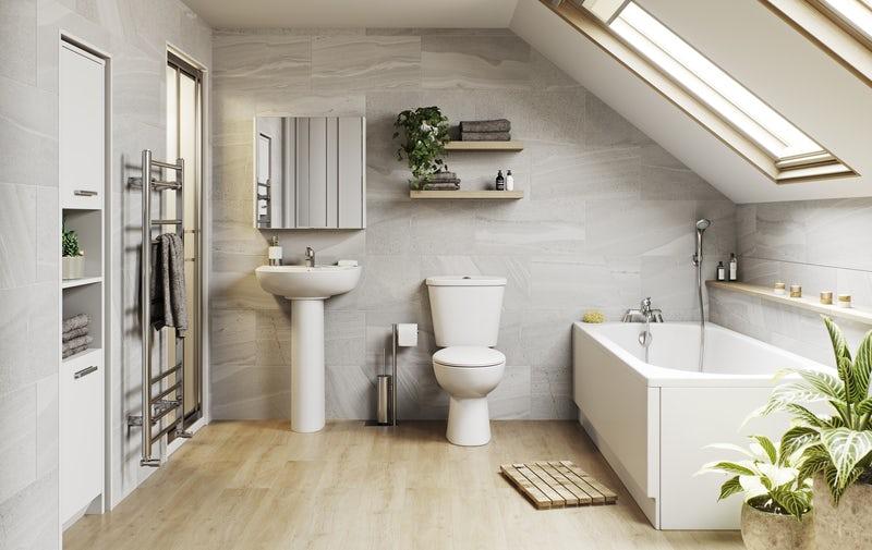 Organic style family bathroom