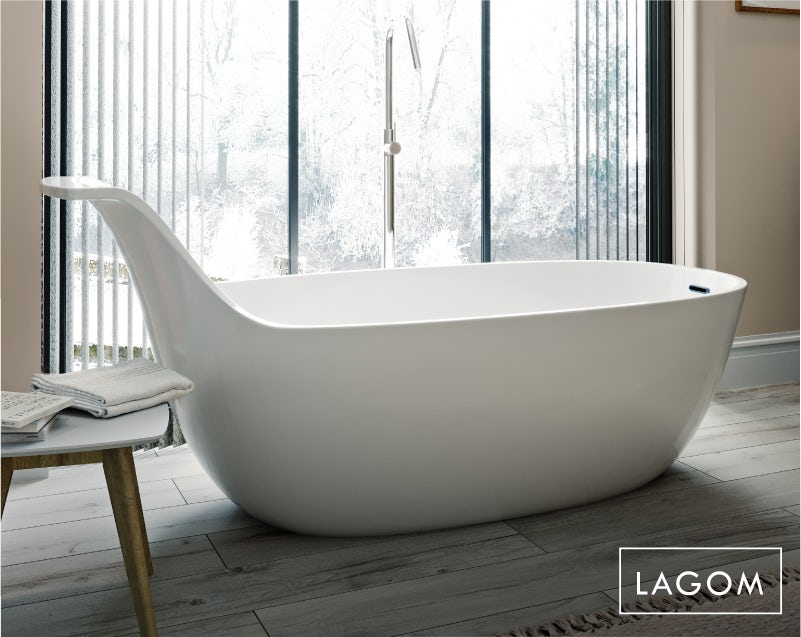 Lagom bathroom—bath