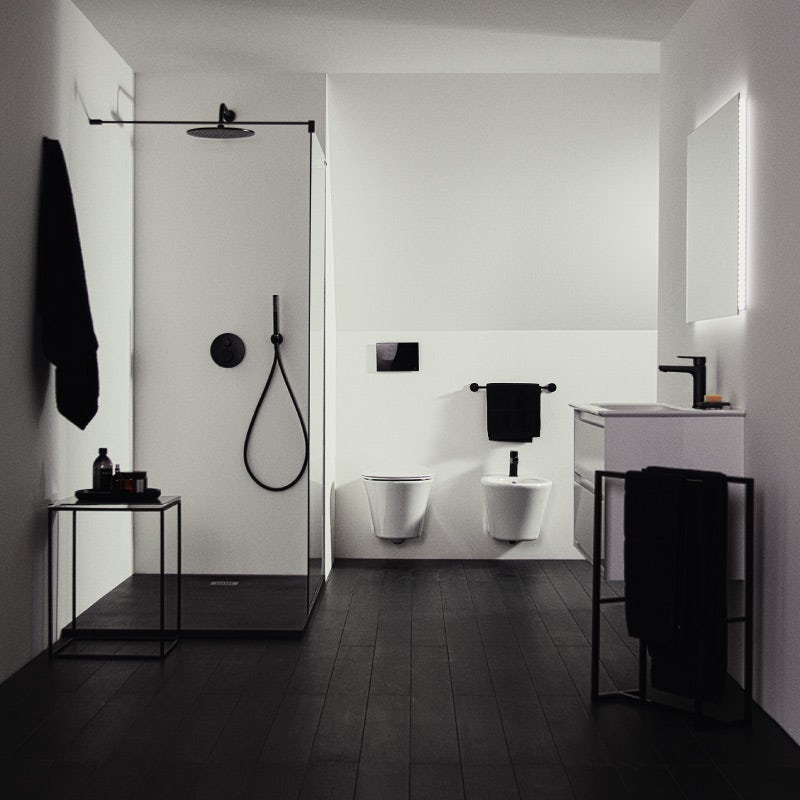 Create a stunning black and white bathroom with the Ideal Standard Silk Black collection