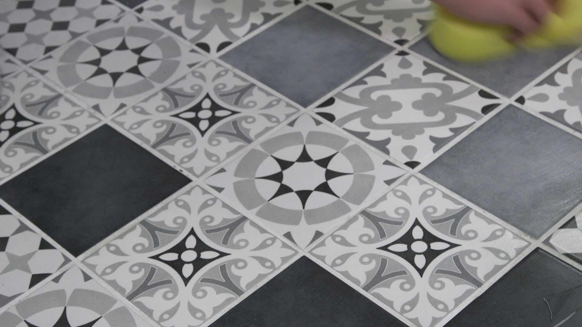 Wiping your tiles