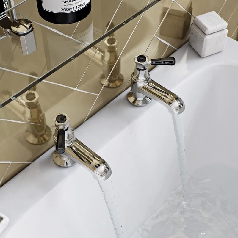 Beaumont lever bath pillar taps