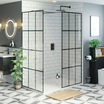 Mode 8mm black framed enclosure pack with walk in shower tray