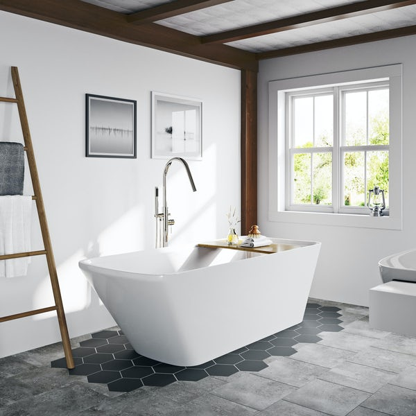 Mode Foster freestanding bath with bamboo bath bridge