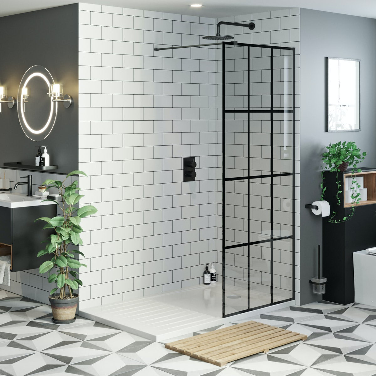 Mode 8mm Black Framed Panel With Walk In Shower Tray