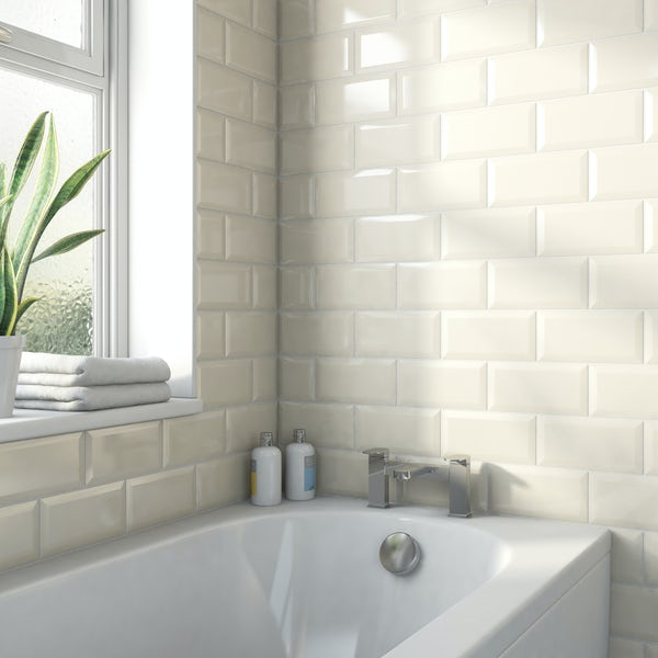 Metro ivory bevelled gloss wall tile 100mm x 200mm
