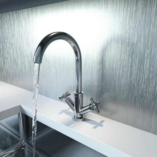 Schön kitchen tap with cross handle