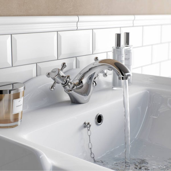 Coniston Basin Mixer