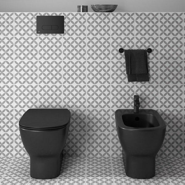 Ideal Standard silk black Oleas M3 flush plate with Prosys 150mm concealed cistern