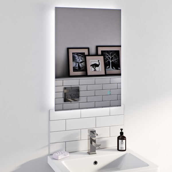Lumina backlit mirror