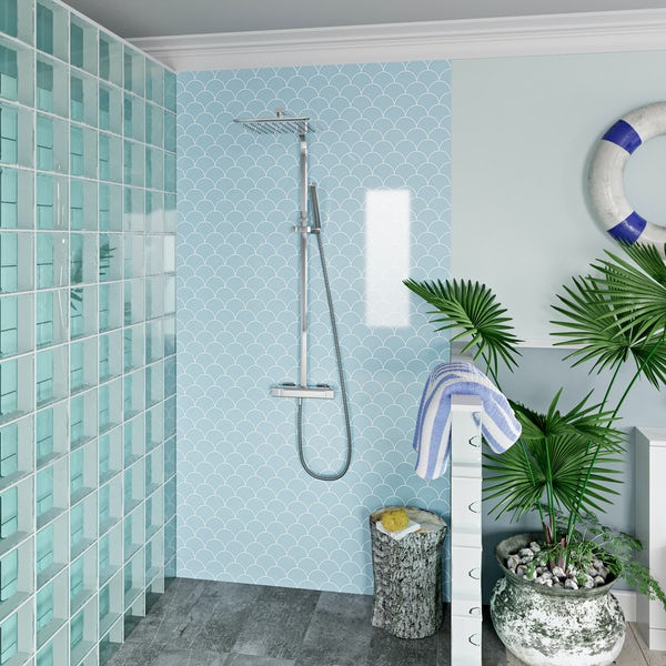 Showerwall Custom Scallop acrylic shower wall panel