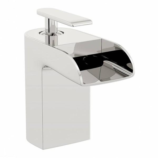 Reinosa Waterfall Bath Mixer