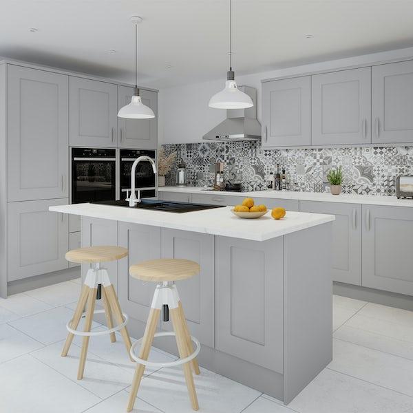 Schön New England light grey shaker 600mm corner wall unit