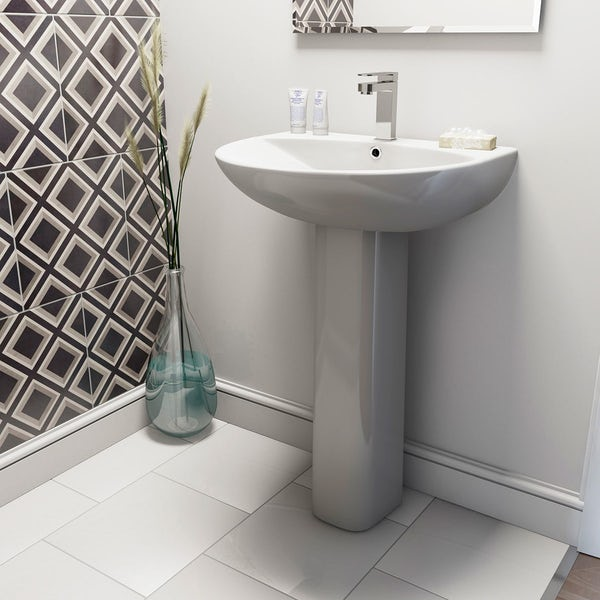 Derwent Round full pedestal basin and installation pack