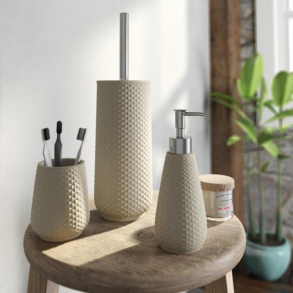 Accents cream ceramic 3 piece bathroom setAccents Copacabana cream ceramic 3 piece bathroom set