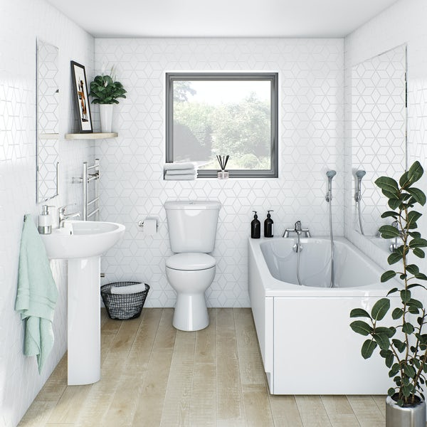 Clarity bathroom suite with round straight bath