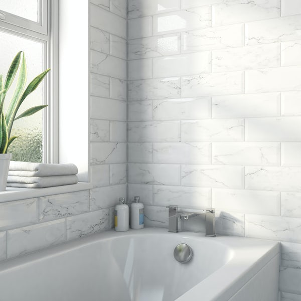 Maxi Metro carrara bevelled gloss wall tile 100mm x 300mm