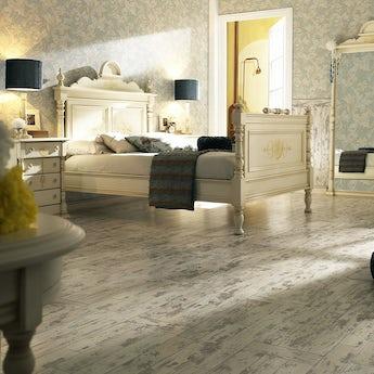Faus Boheme Oak moisture resistant click flooring 8mm