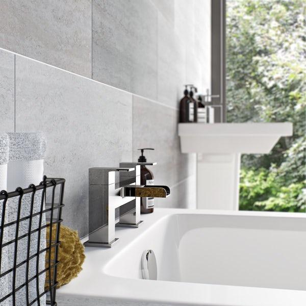 Derwent Bath Filler