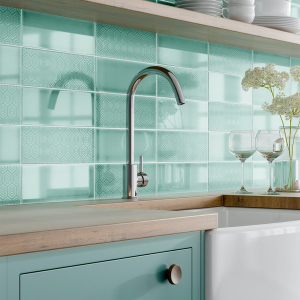 Zenith green patterned gloss wall tile 100mm x 300mm