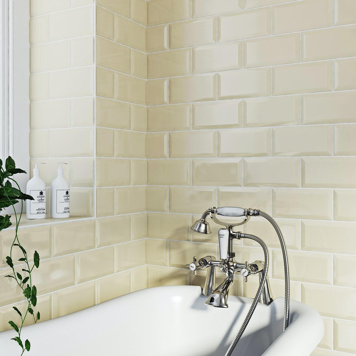 Cream Gloss Kitchen Wall Tiles: British Ceramic Tile Metro Bevel Cream Gloss Tile 100mm X