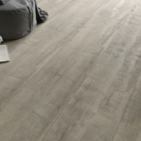Faus Antique Light moisture resistant click flooring 8mm