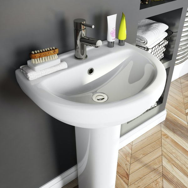 Orchard Wharfe bathroom suite with right handed P shaped shower bath 1675 x 850