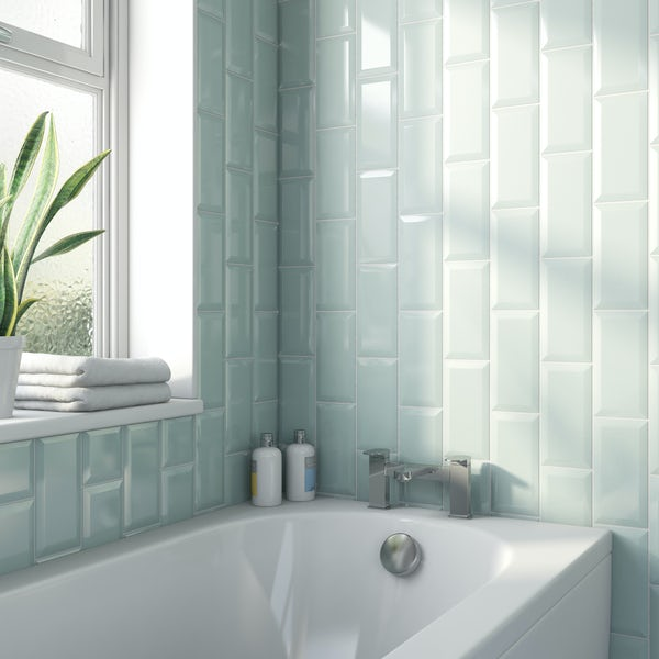 Metro aqua bevelled gloss wall tile 100mm x 200mm
