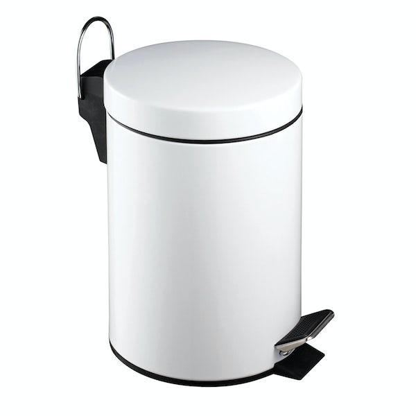 White round 3 litre bathroom pedal bin