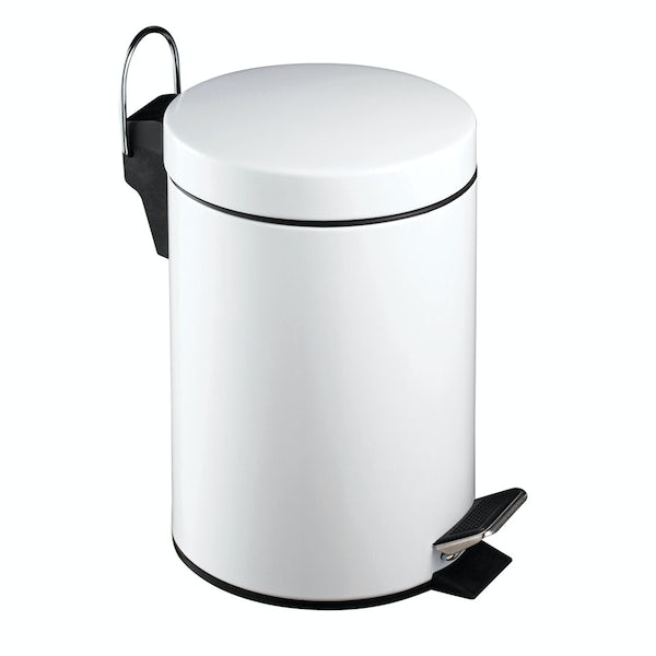 White round 3 litre bathroom pedal bin