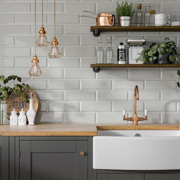 Maxi Metro light grey bevelled gloss wall tile 100mm x 300mm