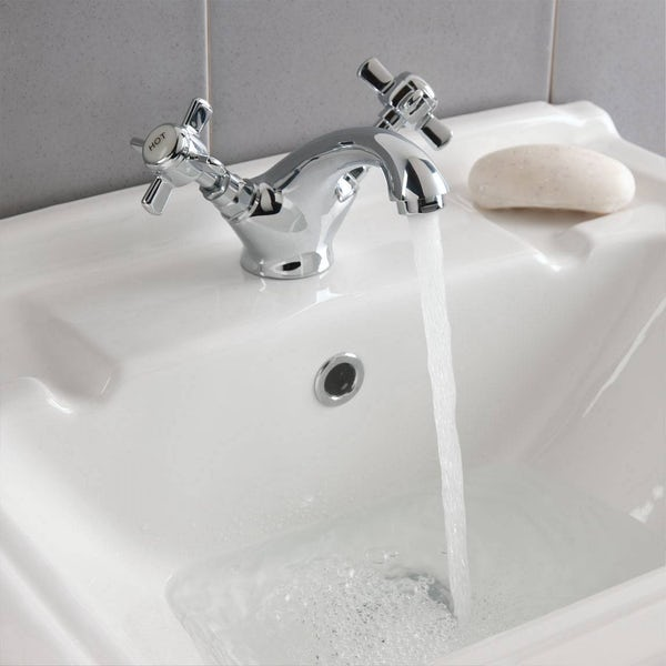 Dulwich Basin and Bath Shower Mixer with Standpipe Pack