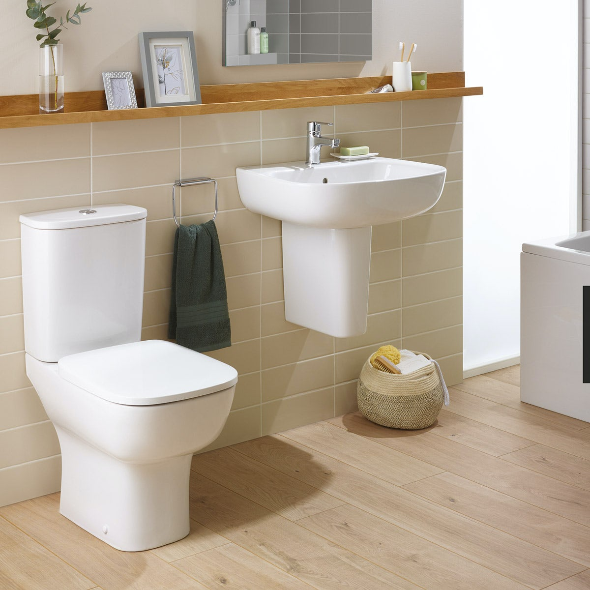 Ideal Standard Studio Echo cloakroom suite with open close coupled toilet and semi pedestal basin 500mm