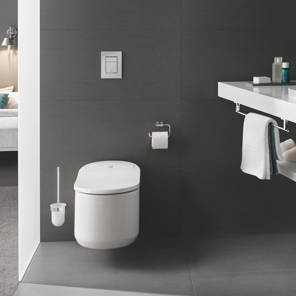 Grohe Sensia Arena smart toilet with soft close seat, 1.13m wall mounting frame and Skate Cosmopolitan flush plate